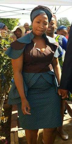 Newest Tswana Traditional Dresses for Bridesmaids – isishweshwe African Attire, African Wear, African Women, African Dress, Sotho Traditional Dresses, African Traditional Dresses, Traditional Outfits, Traditional Wedding, Winter Outfits 2017