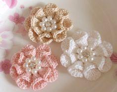 3 flores de ganchillo Roses con hojas YH 153-01 por YHcrochet