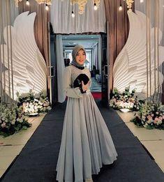 Kebaya Modern Hijab, Model Kebaya Modern, Kebaya Hijab, Kebaya Muslim, Muslim Dress, Hijab Prom Dress, Tulle Dress, Muslim Fashion, Hijab Fashion