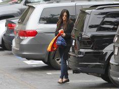 Sandra Bullock & her Mercedes-Benz GL550