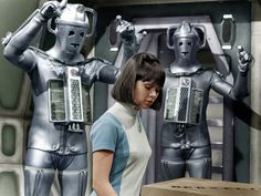 Movie picture (Cybermen menace Wendy Padbury): Via youngmistergrace Doctor Who Costumes, Doctor Who Cosplay, Wendy Padbury, Film Doctors, Paul Mcgann, Doctor Who Companions, Classic Doctor Who, William Hartnell, Second Doctor