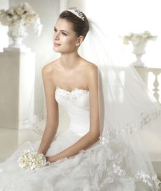 Sinovia wedding dress from the Dreams 2015 - St Patrick collection | St. Patrick