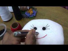 Snowman Crafts, Youtube, Snowmen, Videos, Canvas, Snow, Christmas Ornaments, Holiday Ornaments, Cloth Art Dolls