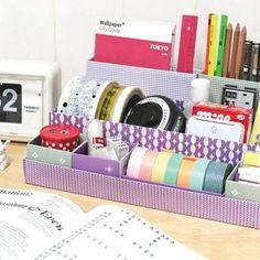 Diferentes tamanhos e alturas de caixas compõem um super organizador