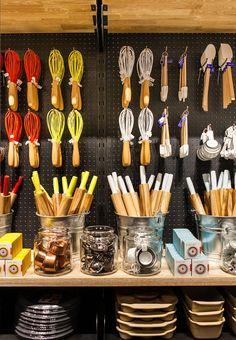 22 Best Cookware merchandising images | Store displays ...
