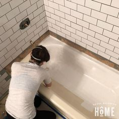 How to Paint a Bathtub Diy Bathtub, Clean Bathtub, Painting Bathtub, Bathtub Cleaning, Tile Walk In Shower, New Home Checklist, Tile Refinishing, Grey Kitchen Designs, Bathroom Designs