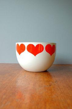 Mid Century Arabia Finland Finel Hearts Bowl - Kaj Franck Design...already on top of my china cabinet!