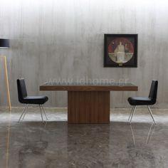 Τραπεζαρία μοντέρνα ξύλινη με γυάλινη επιφάνεια