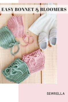 A crochet baby set with a classic bonnet & bloomers for newborn size with vintage style and construction. Easy beginner level free patterns with video tutorials! Crochet Men, Vintage Crochet, Crochet Hats, Crochet Patterns For Beginners, Knitting Patterns, Beginner Crochet, Crochet Tutorials, Front Post Double Crochet, Crochet Baby Clothes