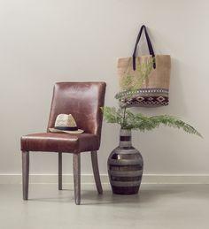 Stilfull og kul spisestol i vintage skinn.