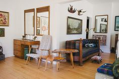 WELCOME TO HOMESTEAD 06   Black Chesterfield - Burlwood Nesting Tables - Swedish Ikat Mid Century Chair - Campaign Desk - Bull Horns