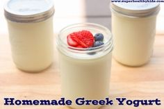 This yogurt is really simple to make, turns out thick,creamy and delicious and costs half of what you pay in the store! from Super Healthy Kids Homemade Greek Yogurt, Greek Yogurt Recipes, Greek Yoghurt, What Is Greek Yogurt, Plain Yogurt, Mousse, Healthy Yogurt, Healthy Snacks, Healthy Eating