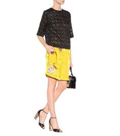 Shorts gialli in satin stampato