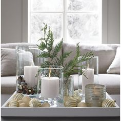 Beautiful Coffee Table Decoration Ideas For Your Christmas 27