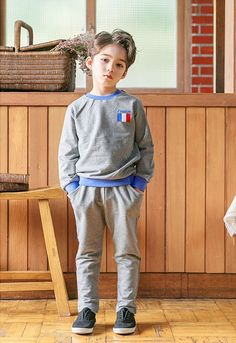 Ideas children fashion photography boys for 2019 Photography Props Kids, Baby Boy Photography, Kids Fashion Photography, Clothing Photography, Photography Outfits, Cute Asian Babies, Korean Babies, Cute Babies, Cute Kids Pics
