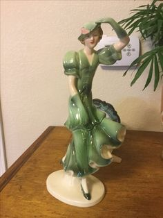 Lady in green statue! From Janice to Brandi!