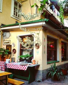 Restaurant Bar, Heart Of Europe, Vienna Austria, The Good Place, Health, Travelling, Waiting, Wanderlust, Presents