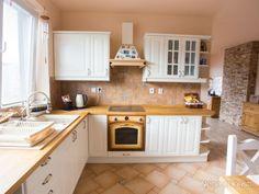 Predaj krásny, slnečný 3 izb.byt Bratislava-Nové Mesto,  Pluhová, 92m2.  Cena 204 000 € - obrázok