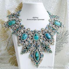 Swarovski Jewelry, Beaded Jewelry, Beaded Necklace, Necklaces, Bead Embroidery Tutorial, Beaded Embroidery, Bead Embroidered Bracelet, Crystal Beads, Crystals