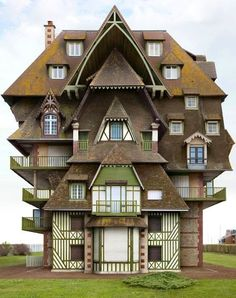 impossible architecture by architectural photographer filip dujardin, 2013 dujardin's photomontages are a collection of impossible structures created using a digital collaging technique from photographs of real buildings in and around ghent, belgium. Unusual Buildings, Interesting Buildings, Amazing Buildings, Amazing Houses, Architecture Cool, Landscape Architecture, Classical Architecture, Photomontage, Crazy Houses