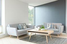 plassering av sofa til stua? Dining Bench, Sofa, Living Room, Interior, Furniture, Home Decor, Room Ideas, Silver, Houses