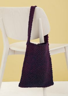 This Loom Woven bag is great to keep your next WIP. Make it with our Tweed Stripes yarn for a beautiful gradient appearance.