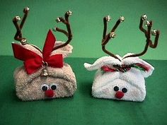 Bar of soap tied up with #bathcloth. #holidaycraft #reindeer #craft