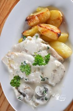 Romanian Food, Jamie Oliver, Clean Eating, Yummy Food, Chicken, Cooking, Breakfast, Parmezan, Recipes