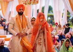All About Sikh Wedding Rituals! Sherwani For Men Wedding, Wedding Dresses Men Indian, Wedding Outfits For Groom, Groom Wedding Dress, Indian Wedding Fashion, Sikh Wedding, Wedding Men, Wedding Suits, Punjabi Wedding