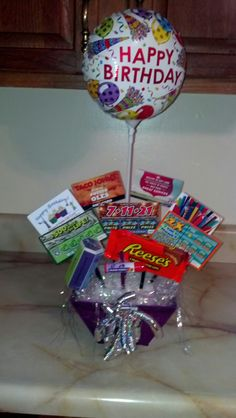 Awesome candygift card bouquet my sister and i made for my gift card bouquet super easy negle Gallery