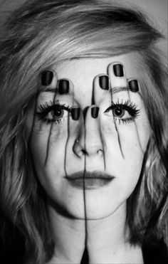 Illusion art work-hand on face-face on hand-art work-photoshop Double Exposure Photography, White Photography, Photography Tips, Modelling Photography, Illusion Photography, Photography Studios, Portrait Photography, Digital Photography, Levitation Photography