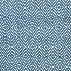 diamond rug in denim/ivory close up