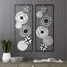Black and White Discs 35 High Metal Wall Art Set of 2 is a quality for your ideas. Modern Metal Wall Art, Abstract Metal Wall Art, Canvas Wall Art, Metal Art, Wall Art Crafts, Wall Art Decor, Room Decor, Metal Wall Sculpture, Modern Wall Sculptures