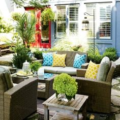 6 budget-friendly ways to makeover your backyard