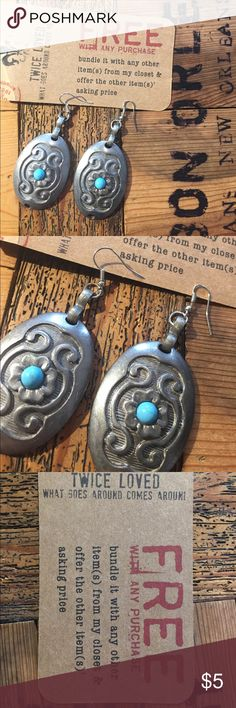 🇺🇸 upcycled earrings FREE WITH ANY PURCHASE Upcycled from the links of a concho belt. A tad heavy but I find them very wearable. Free with any purchase. Please don't order this item separately as I won't be able to ship them by themselves. Bundle them with any other item from my closet and offer the other item's price upcycled Jewelry Earrings
