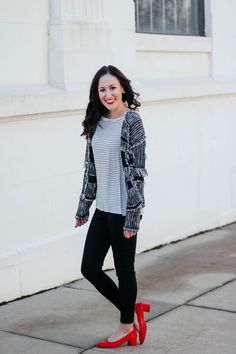 1 Thing, 3 Ways: LONG-SLEEVE STRIPED TEE. striped shirt outfit, striped shirt, striped shirt outfit winter, how to style striped shirt, how to style striped top, styling striped shirt, striped shirt outfit work, how to wear striped shirt, how to wear stripes, how to wear stripes casual, how to wear stripes and prints.