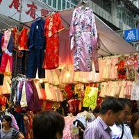 hong kong shopping - ladies market n temple street!