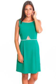 Vestido con abertura color verde