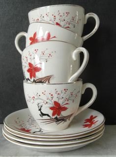 Alfred Meakin Red Stag cups set of vintage by TableAndTea Vintage Dishes, Vintage China, Vintage Tea, Vintage Ceramic, Vintage Kitchen, Tea Cup Saucer, Tea Cups, Alfred Meakin, Christmas Dishes