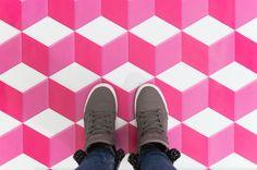 How cool is this geometric cube vinyl floor by @printedspace