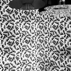 Jer wallpaper by Jacques Emile Ruhlmann - www. Decoration, Rugs, Wallpaper, Home Decor, Decor, Farmhouse Rugs, Decoration Home, Room Decor, Wallpapers
