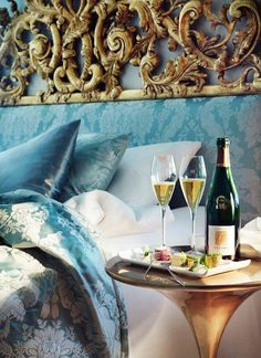 Champagne breakfast in bed Grande Hotel, Luxe Life, Breakfast In Bed, Luxury Living, Luxury Lifestyle, Life Is Good, Wonderful Life, Beautiful Life, Beautiful Places