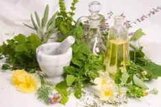 What to Do With Herbs You Grow – Herbal Oil Infusions