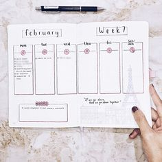 """1,013 mentions J'aime, 24 commentaires - Amiza Omar  (@amizaomar) sur Instagram: """"New week, new #weeklyspread! Anyone else feels like this month is flying by slower than it's…"""""""