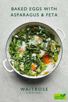 Ready in 25 minutes, our spicy baked eggs with asparagus make a healthier vegetarian brunch. Top with feta and chilli to serve. Tap for the full Waitrose & Partners recipe. Veggie Recipes, Diet Recipes, Vegetarian Recipes, Healthy Recipes, Veggie Food, Healthy Dinners, Vegetarian Brunch, Healthy Brunch, Easy White Bread Recipe