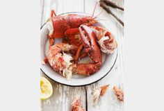 Host a Lobster Feast . Lobster is one of my favorite foods. I grew up in Cape Cod and always caught our own. Think Food, I Love Food, Good Food, Yummy Food, Lobster Recipes, Seafood Recipes, Cooking Recipes, Cooking Tips, Lobster Feast