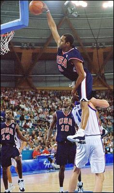 2000 Olympics Vince Carter gravity defying slam dunk