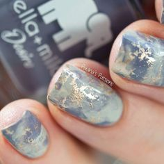Here is a closeup of my marble stone nails I used @ellamilapolish Sway With Me & Mauve Over plus Essie Good As Gold by paulinaspassions