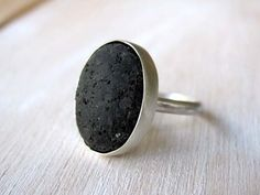 Lava stone ring sterling silver Greek Santorini by theophanojewel Engagement Jewelry, Wedding Jewelry, Wedding Rings, Or Noir, Family Necklace, Solitaire Ring, How To Make Beads, Unique Rings, Stone Rings