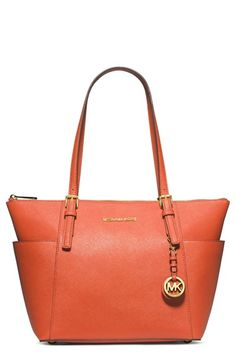 Michael Kors Jet Set Leather Tote http://rstyle.me/n/nzyj5nyg6
